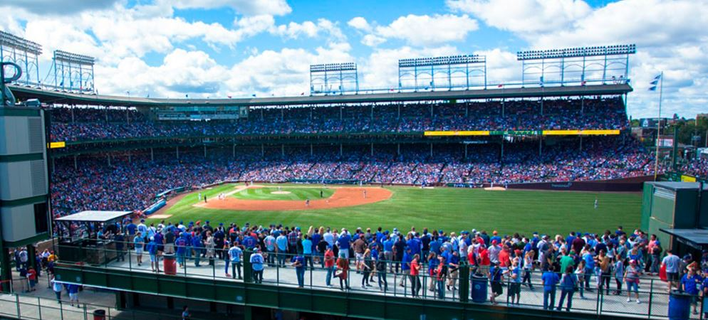 PIC-Classic-Wrigley-Field-Rooftop-Experience