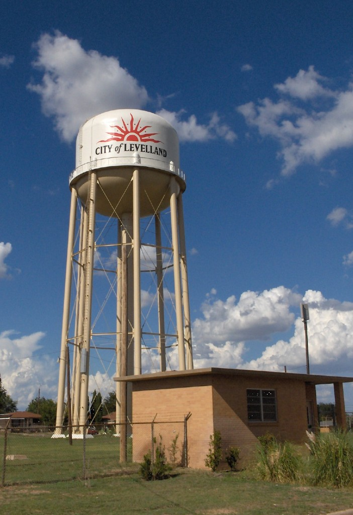 Levelland Wate Sunburst Water tower